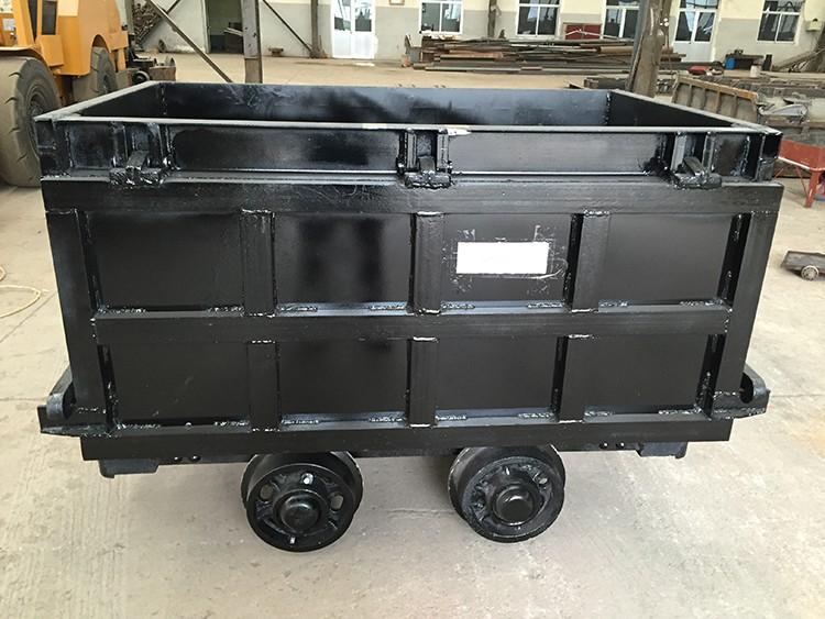 YCC1.2-6-7侧卸式矿车